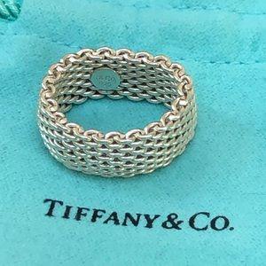 Tiffany & Co. Jewelry - 🔴Authentic TIFFANY & CO Mesh Ring 🔴❤️😍
